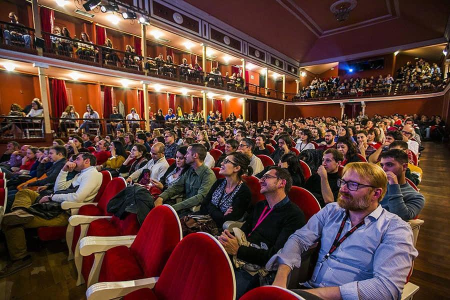 Público Teatro Salón Cervantes_3